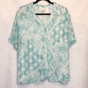 Alfred Dunner Paisley Button Down V Neck Blouse